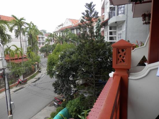 Thanh Binh III Hotel: View from Balcony