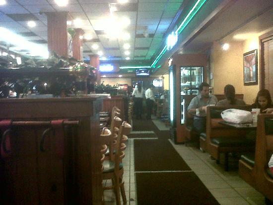 Latin Cafe 2000: interno