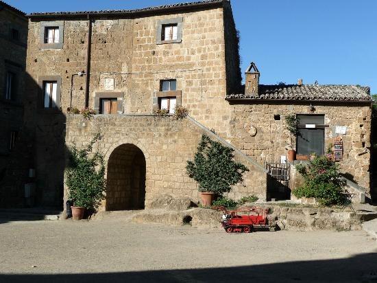 Bagnoregio, Italy: View of the monastery/B&B from the square
