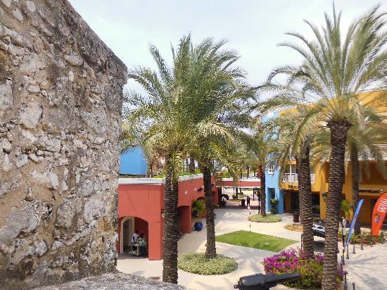 Renaissance Curacao Resort & Casino: Vista de las instalaciones