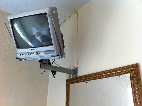 Villa Verde Inn: TV, último modelo ;-).