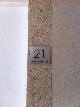 Villa Verde Inn: Room 21