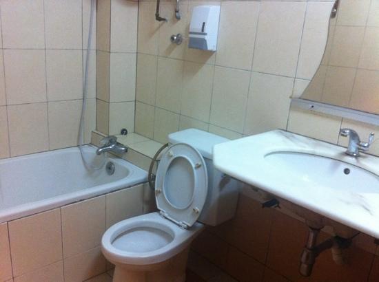 Pangkor Bay View Beach Resort : Bathroom