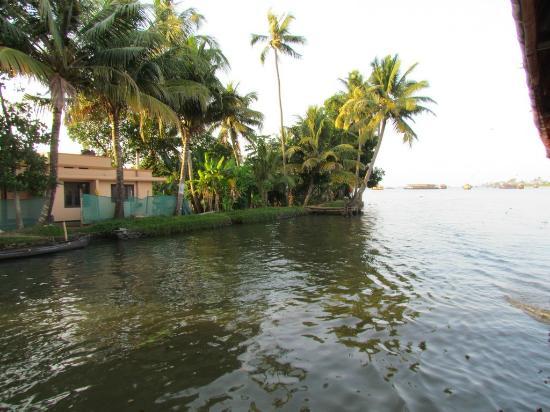 Panoramic Sea Resort: Houseboat Backwaters