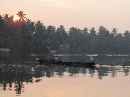 Panoramic Sea Resort: Houseboat Backwaters