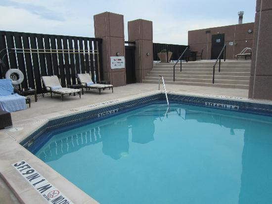 The Westin Dallas Fort Worth Airport: Shot of the roof pool