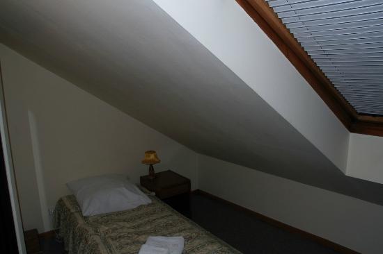 Wit Stwosz Hotel: Quarto pequeno