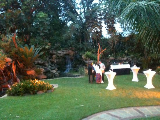 Fairview Hotel: Just part of the exquisite garden