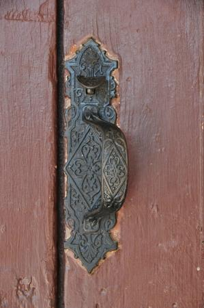 Somervell County Museum: Vintage offset handle on the main entrance door.