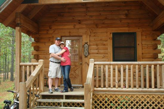 Country Charm Log Cabins: Happy Newlyweds!