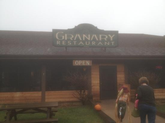 The Granary: Cloudy day but very cozy!