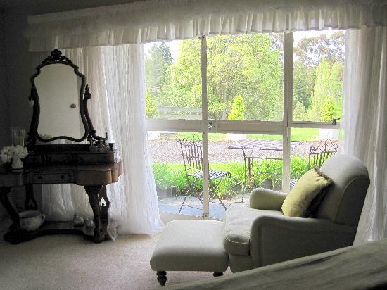 Doolan's Country Retreat: view to the private terrace