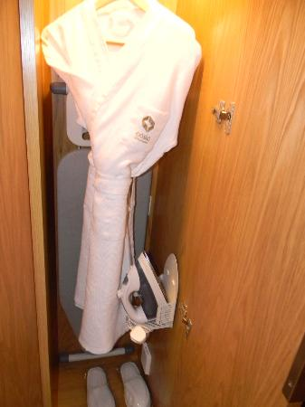 Oasia Hotel Novena, Singapore by Far East Hospitality: Bathrobe, slippers, umbrella & ironing board