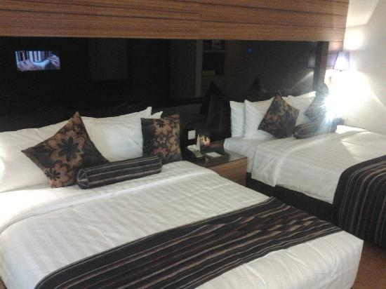 Ramada Plaza Dua Sentral Kuala Lumpur: Deluxe Room