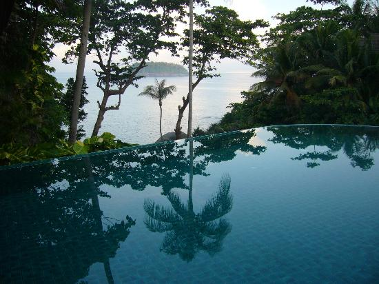Baan Saleah Phuket: Pool & view