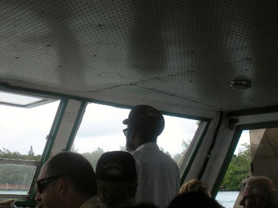 Nassau Water Taxi : Captain on the way back to the main island.