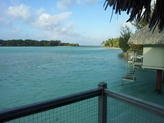 Le Meridien Bora Bora: Vista do bangalô