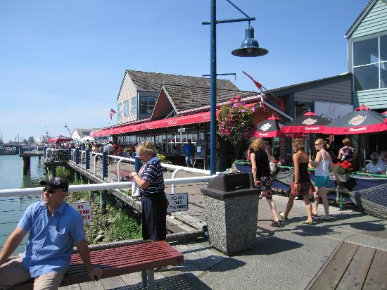 Steveston Heritage Fishing Village: Restaurant on the dock