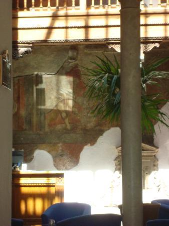 دوموس سيليستا بالاسيو دي سانت انز: 'original' restoration 