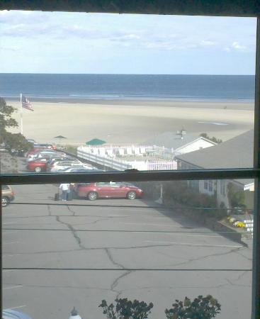 Parsons Post House Inn: View of ocean from third floor 'penthouse' room.