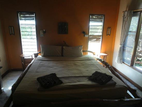 Seaflower Bungalows: room