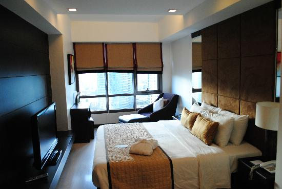 Joya Lofts & Towers: Bedroom