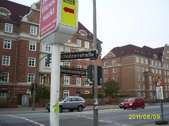 Stresemannstrasse Picture Of B B Hotel Hamburg Altona Tripadvisor