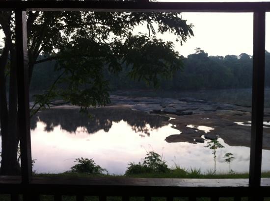 Danpaati River Lodge: View from riverside cabin verandah