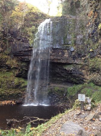 Craig-y-Nos Castle: Penycae waterfall