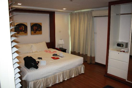 I Residence Hotel Sathorn: Bedroom one of family suite