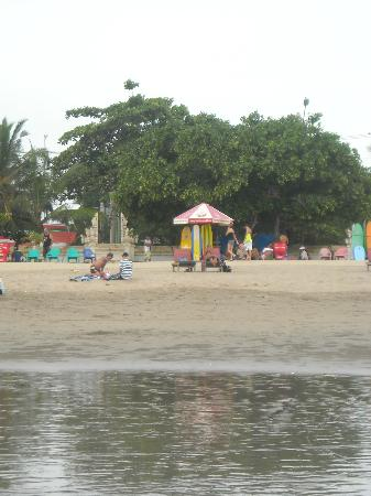 Bali Sorgawi Hotel: Пляж