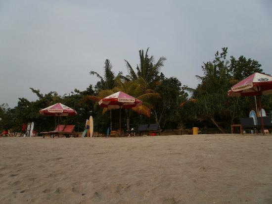 Bali Sorgawi Hotel: Пляж, Кута