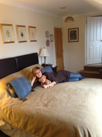 Ellingham House: bedroom