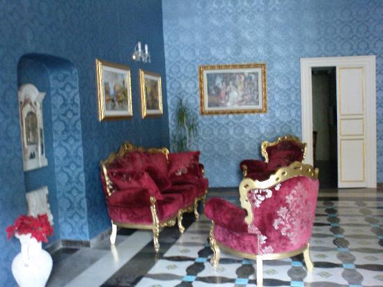 Grana Barocco Art Hotel & Spa: La hall dell'albergo