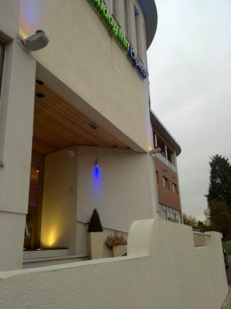 Holiday Inn Express Crewe: HI Express Crewe - External room