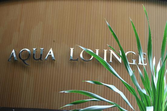 Angeles Beach Club Hotel: aqua lounge