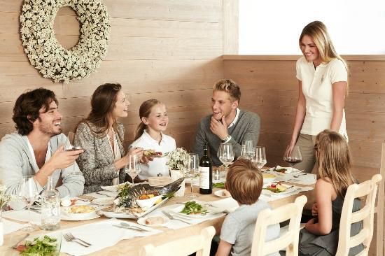 Nira Alpina: Stars Restaurant