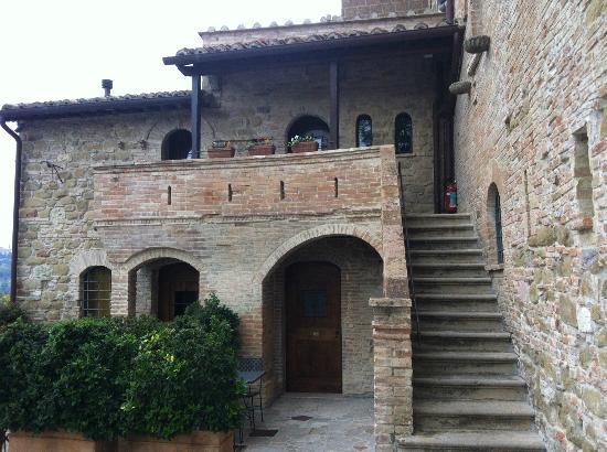 Castello di Monterone: L'ingresso alla camera
