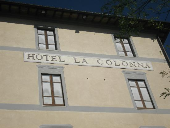 Hotel La Colonna : vista dalla strada