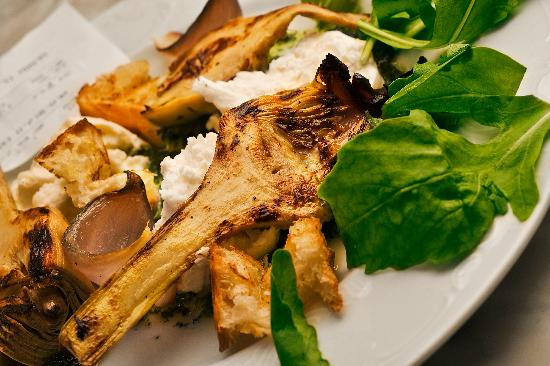 Cicchetti: Grilled artichoke with buffalo mozzarella
