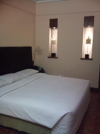 Ramada Bintang Bali Resort: Big Comfy Bed