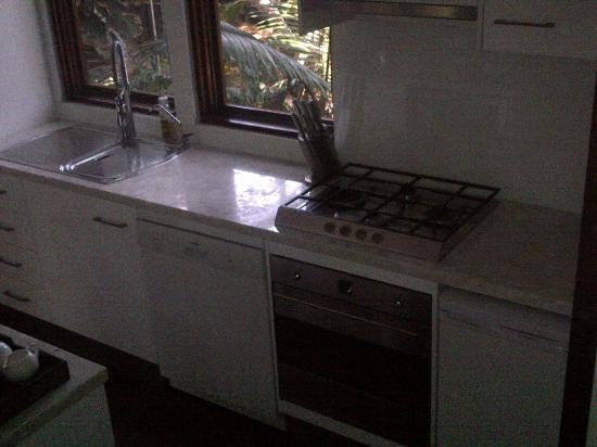 Shambhala@Byron: Kitchen