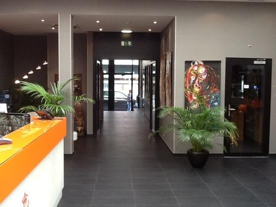 Hotel Windsor: ресепшн отеля