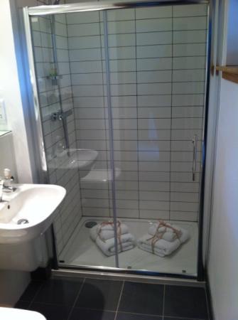 The Steading: Bathroom