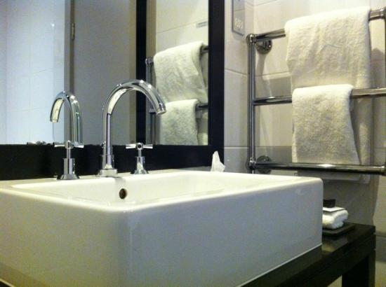 Bathroom picture of malmaison liverpool liverpool for Bathrooms liverpool