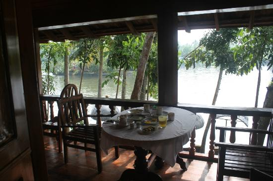 Malayalam Lake Resort Homestay: Breakfast