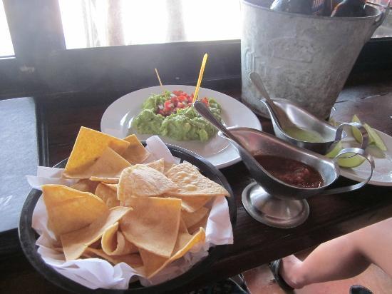 Fusion Bar & Restaurant: Guacamole