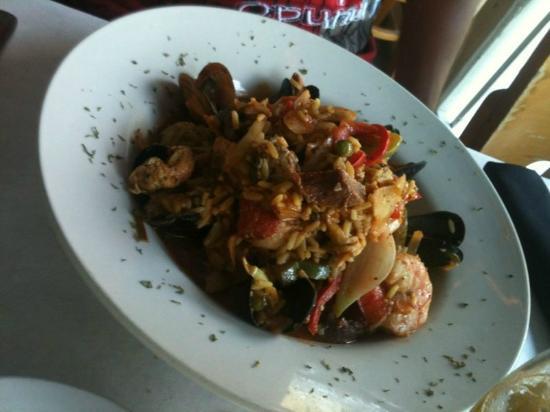Sunshine Seafood Cafe: Paella