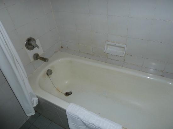 Aspira Grand Regency Sukhumvit 22: Bathroom