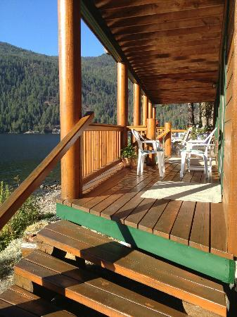 Sunflower Inn B&B: The room deck